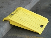 eagle polyurethane yellow curb ramp
