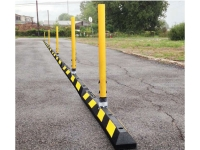 Traffic delineator curb system